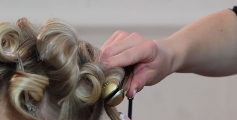 How to: Create Soft Sexy Voluminous Curls with ghds & ghd air