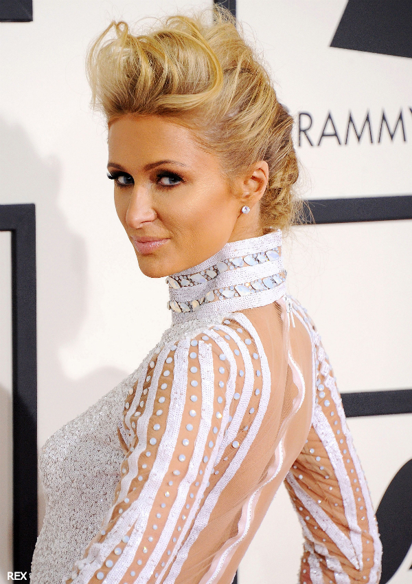 Paris-Hilton-Grammy-Awards-2014