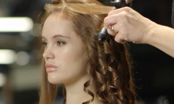 How To Create Voluminous Curls