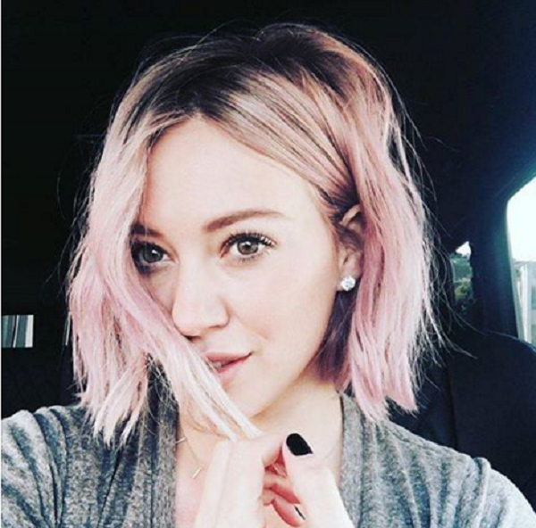 hilary duff pink hair