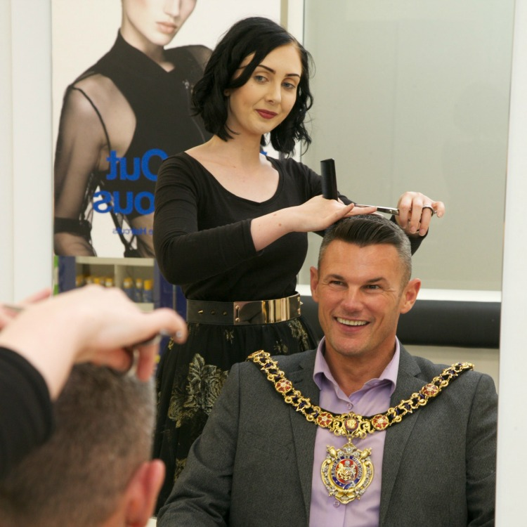 The Lord Mayor of Manchester, Councillor Carl Austin-Behan has a quick t...