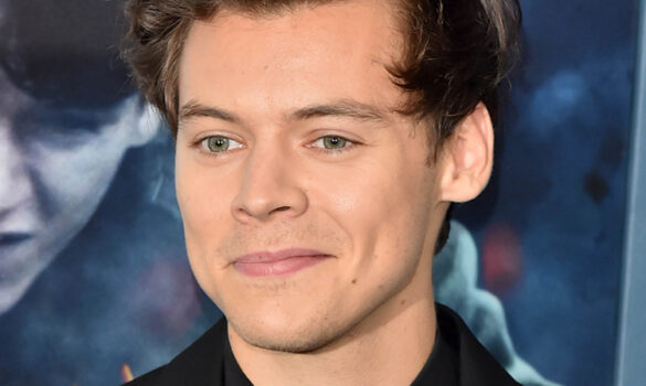 Celeb Watch: Be More Harry Styles